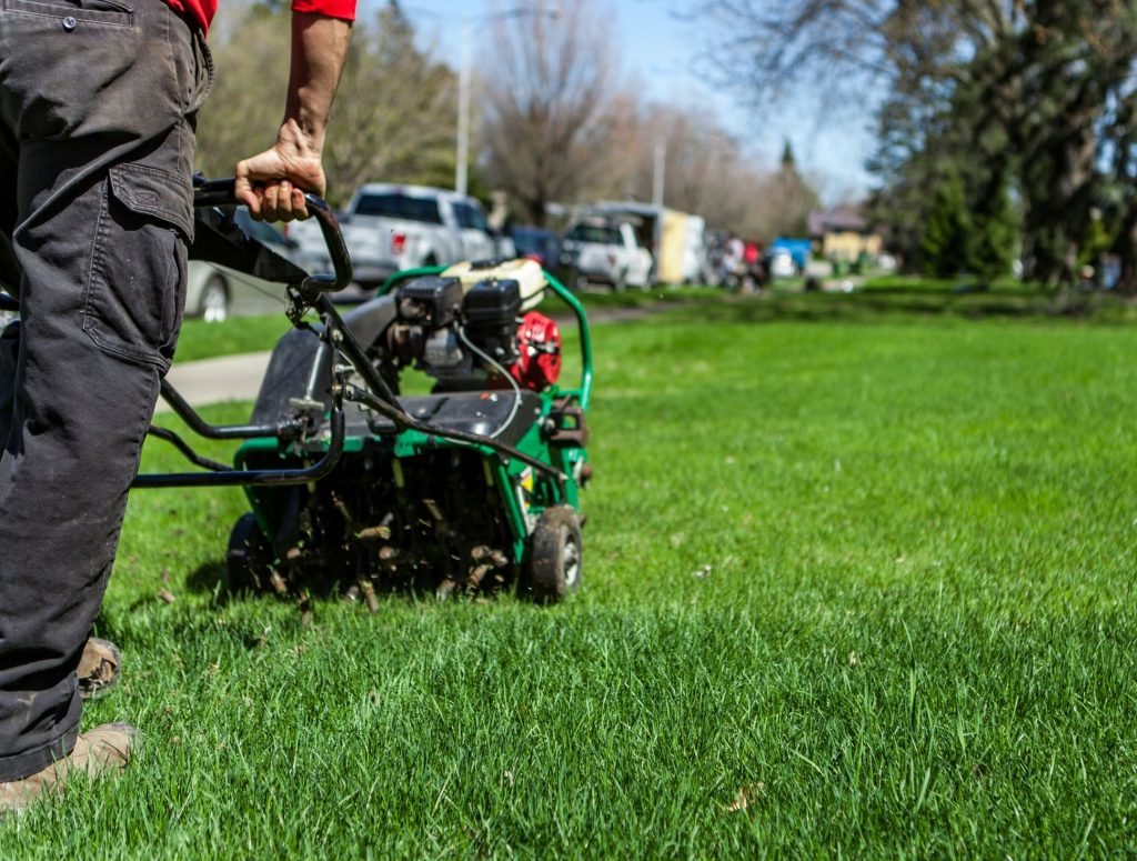 lawn-aeration-specials-dupage-county